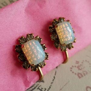 Vintage opal glass earrings screwback gold tone